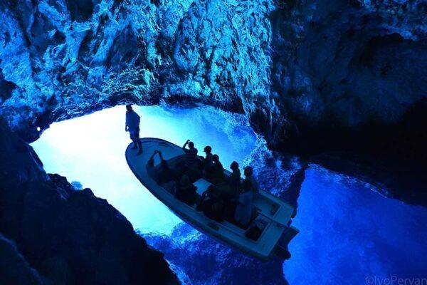 blue-cave-excursion